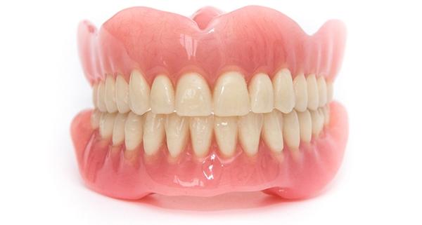 Storia della dentiera
