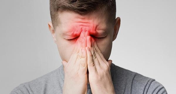 Impianti zigomatici e sinusite